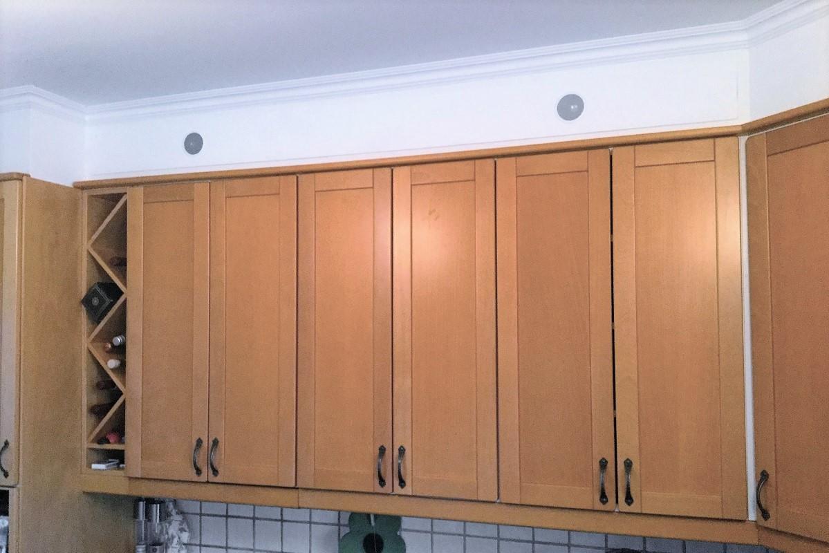 Inbyggnadshögtalare Orlo CAB i kök